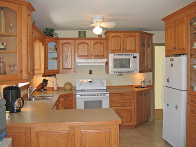 Brilliant Oak Kitchen Cabinets Renovations 670 x 503 · 253 kB · jpeg
