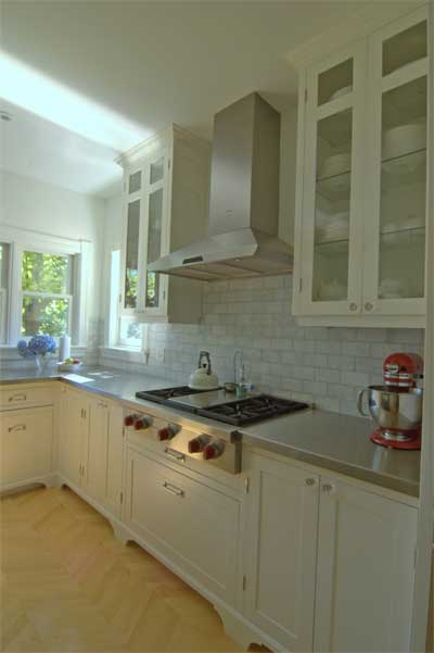 Custom Contemporary Kitchen For Professional Couple In
