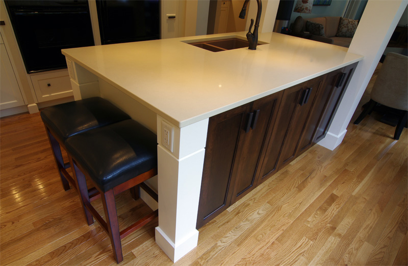 two tone kitchen island halifax homeowners say so to the early 80s amp hello 6437